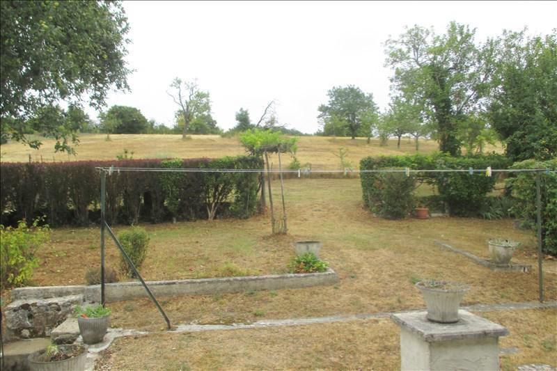 Sale house / villa Touvre 252000€ - Picture 3