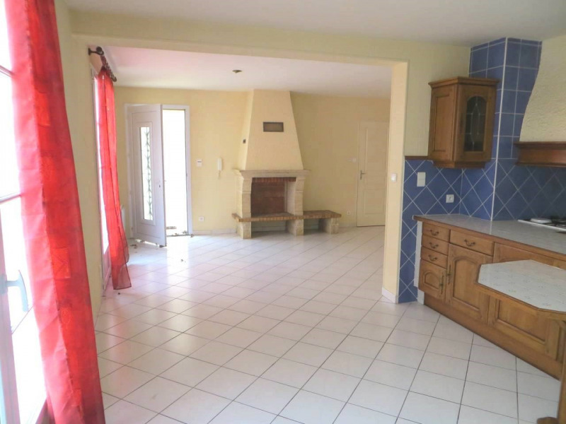 Location maison / villa Cognac 680€ CC - Photo 6