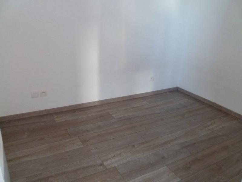 Rental apartment Saint nazaire 380€cc - Picture 4
