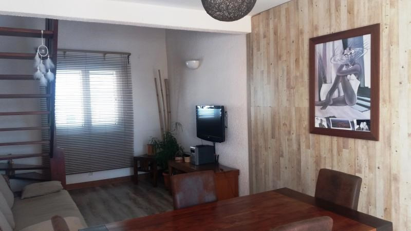 Sale apartment Moufia 145 500€ - Picture 1