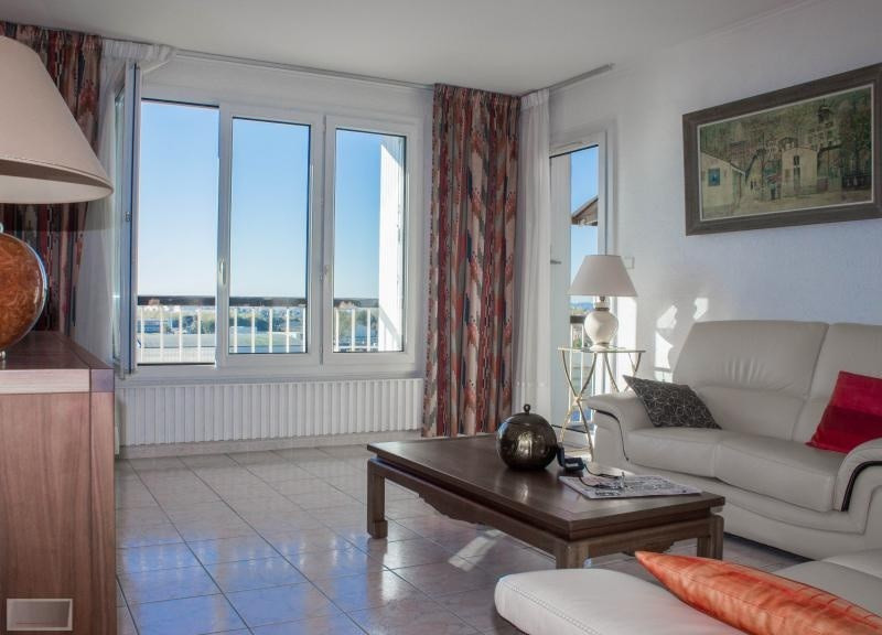 Vente appartement Hyeres 200 000€ - Photo 1