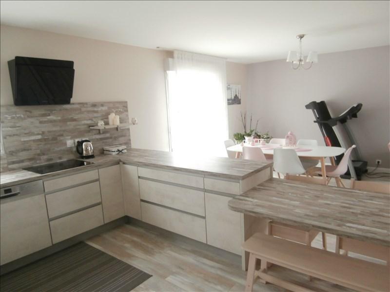 Sale house / villa Garcelles secqueville 239000€ - Picture 4
