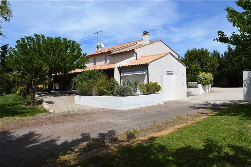 Sale house / villa Bessens 364000€ - Picture 1
