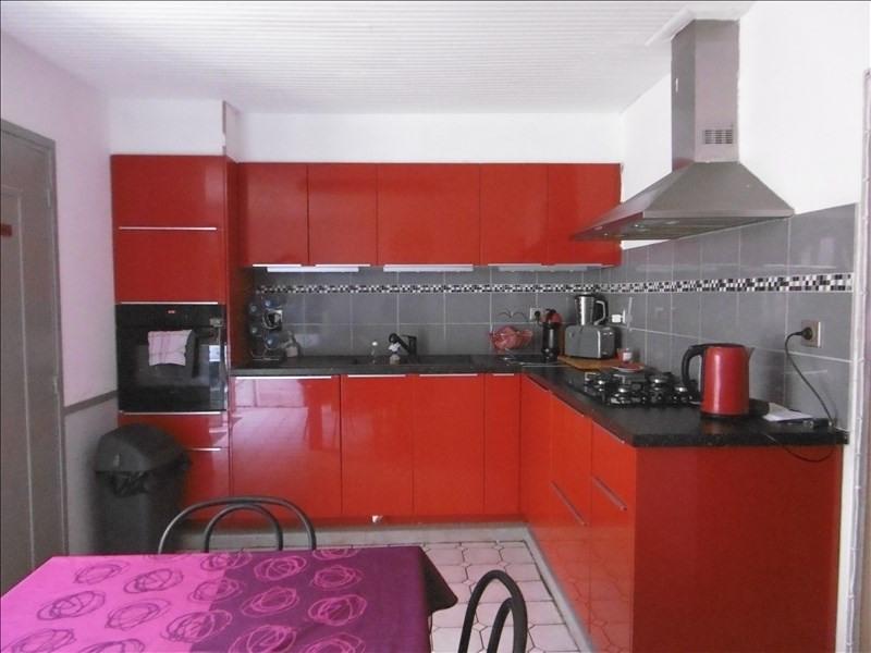 Sale house / villa St quentin 102400€ - Picture 2