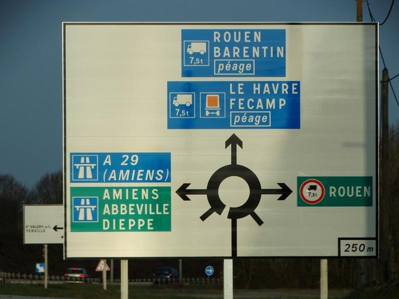 Location Local d'activités / Entrepôt Yvetot 0