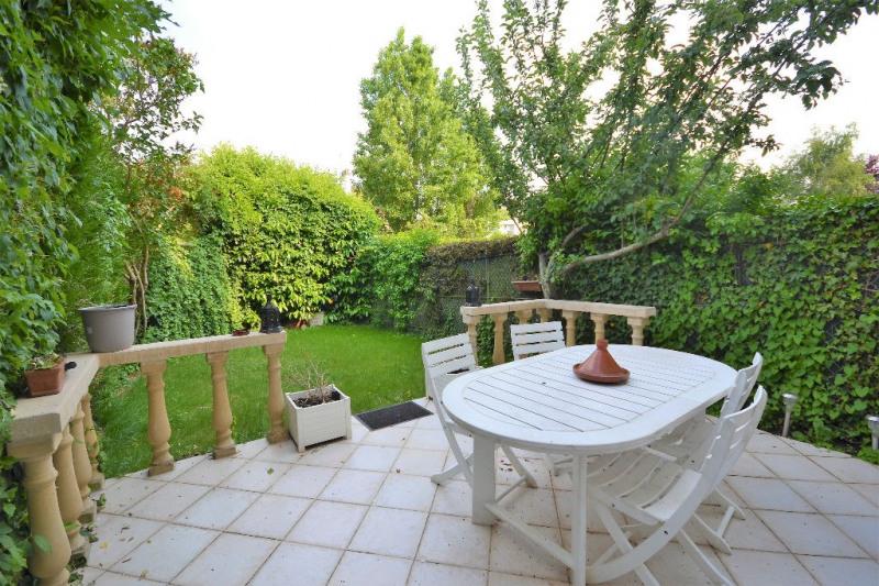 Sale house / villa Villepreux 315000€ - Picture 1