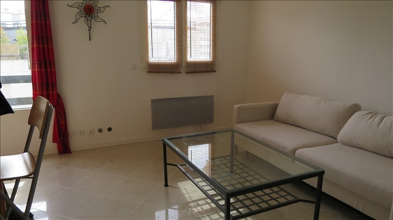 Rental apartment Puteaux 750€ CC - Picture 1