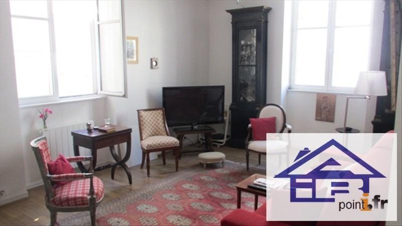 Location appartement Saint germain en laye 900€ CC - Photo 1