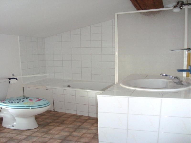 Location appartement Cadolive 497€ CC - Photo 3