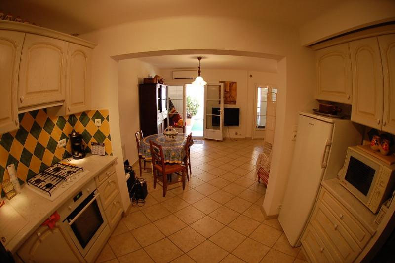 Sale house / villa Six fours les plages 387000€ - Picture 12