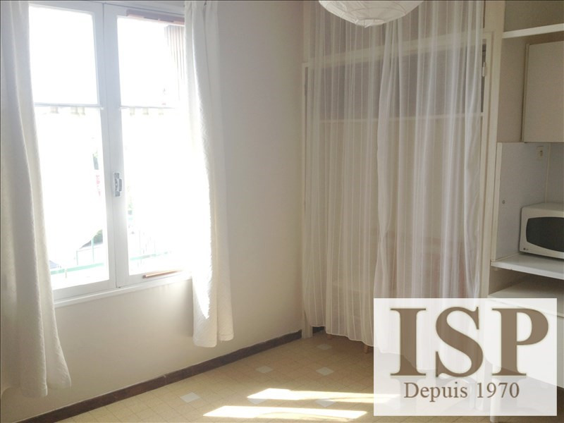 Location appartement Aix en provence 544€ CC - Photo 2