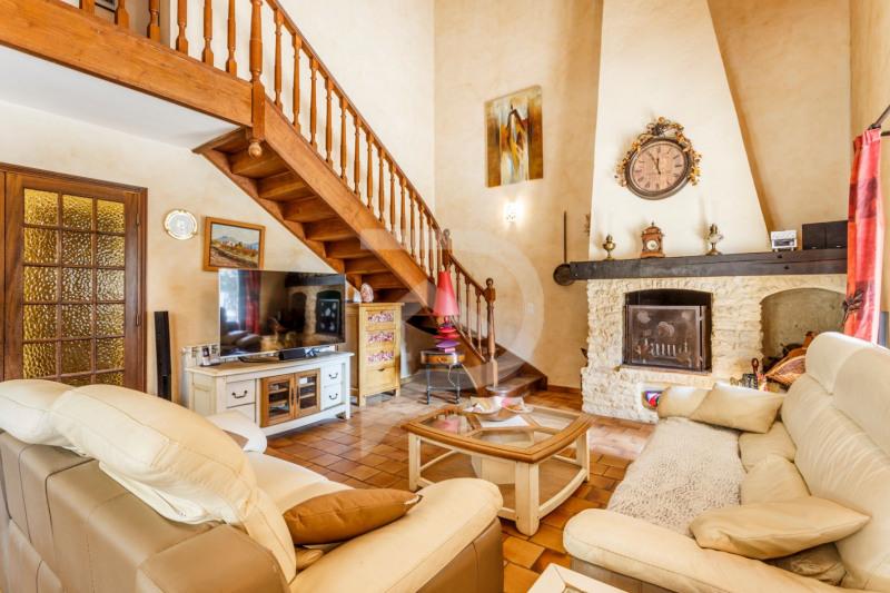 Vente de prestige maison / villa Saint saturnin les avignon 575000€ - Photo 2
