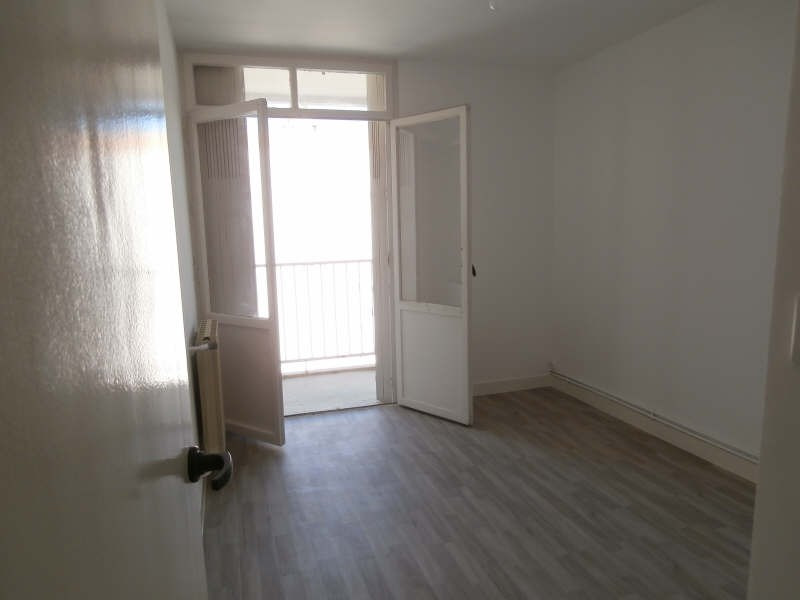 Rental apartment Salon de provence 730€ CC - Picture 5