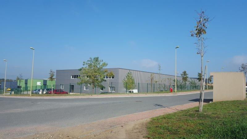 Location Local d'activités / Entrepôt Guéreins 0