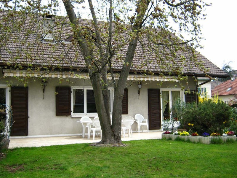 Deluxe sale house / villa Annemasse 690 000€ - Picture 1