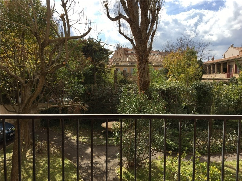 Location appartement Aix en provence 1 270€ CC - Photo 1