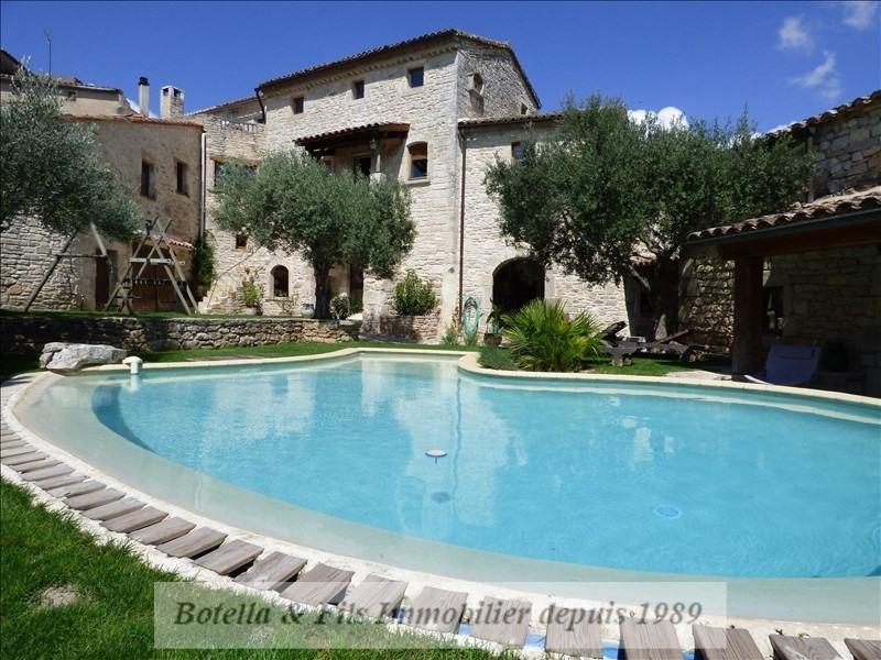 Deluxe sale house / villa Barjac 489500€ - Picture 1