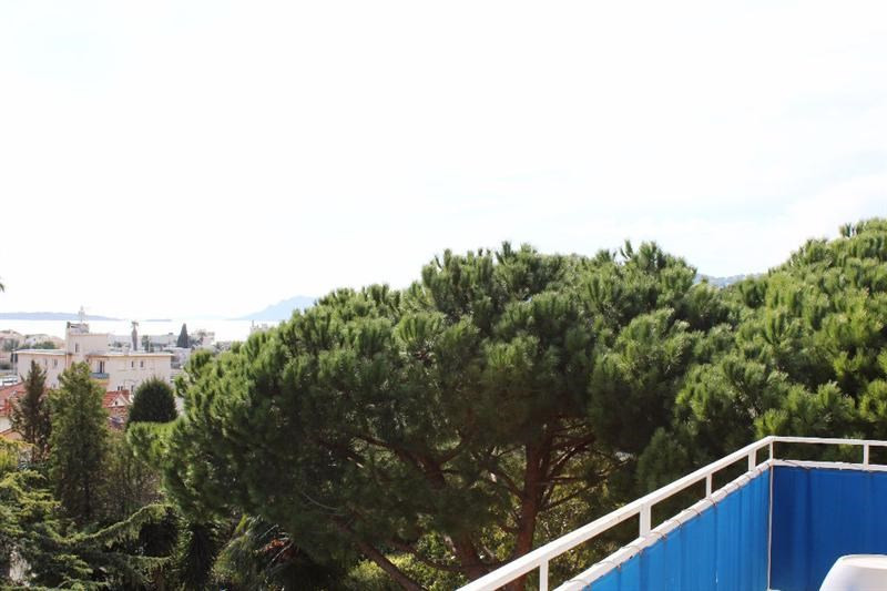 Sale apartment Antibes 328 000€ - Picture 2