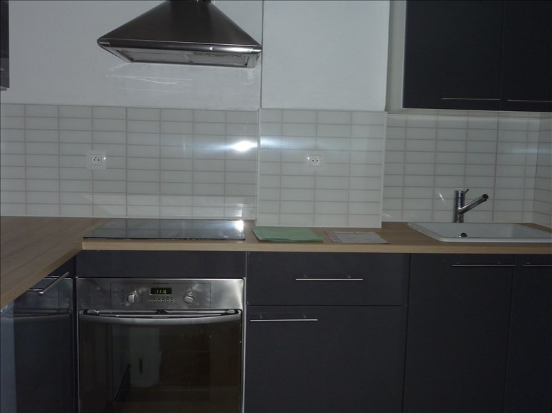 Location appartement Marseille 7ème 850€ CC - Photo 6