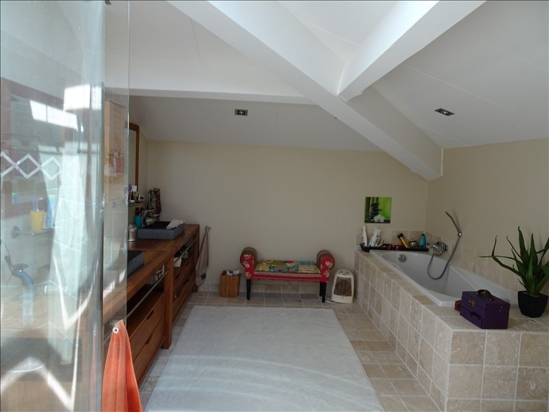 Rental house / villa L isle jourdain 2 950€ CC - Picture 6