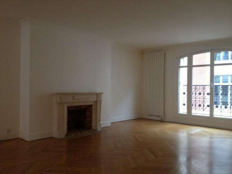 Rental apartment Paris 8ème 3565€ CC - Picture 3