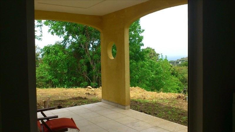 Sale house / villa St claude 390000€ - Picture 2