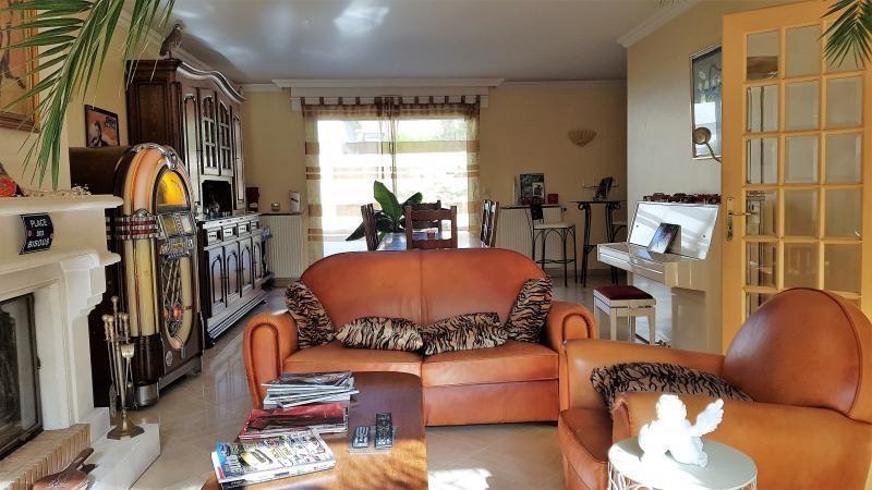 Sale house / villa Ormesson sur marne 665000€ - Picture 9