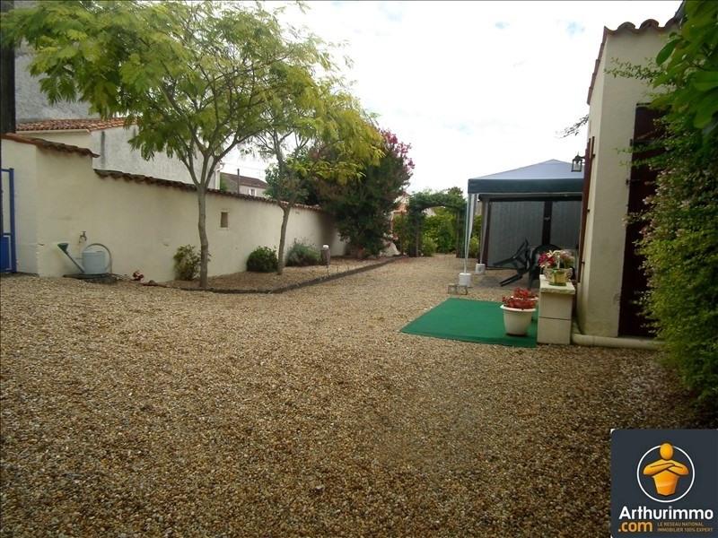 Sale house / villa Matha 56916€ - Picture 2