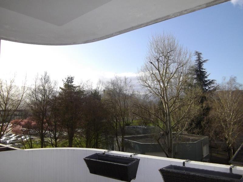 Location appartement Echirolles 810€ CC - Photo 1