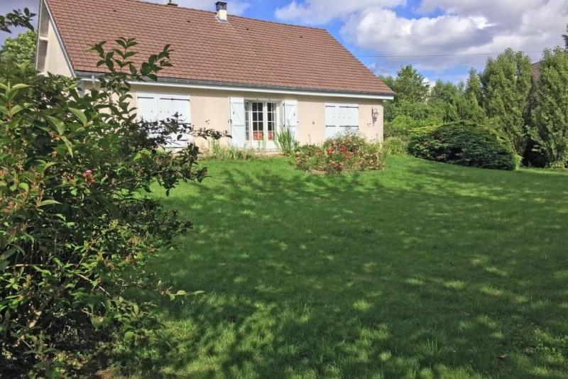 Sale house / villa Les essarts le roi 498000€ - Picture 1