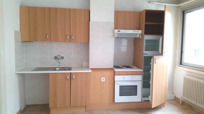 Alquiler  apartamento Annemasse 680€ CC - Fotografía 2