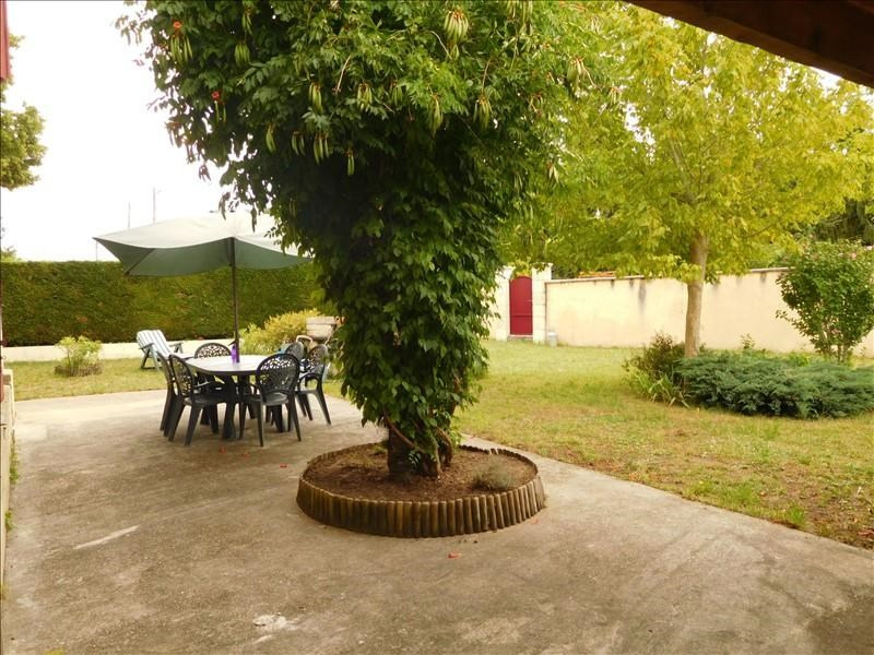 Location maison / villa Virsac 880€ +CH - Photo 2