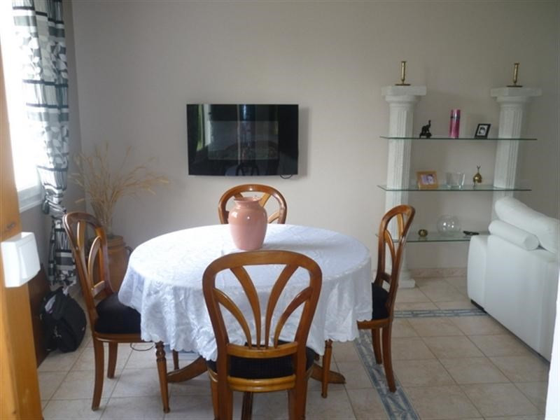 Sale house / villa Loulay 219000€ - Picture 4