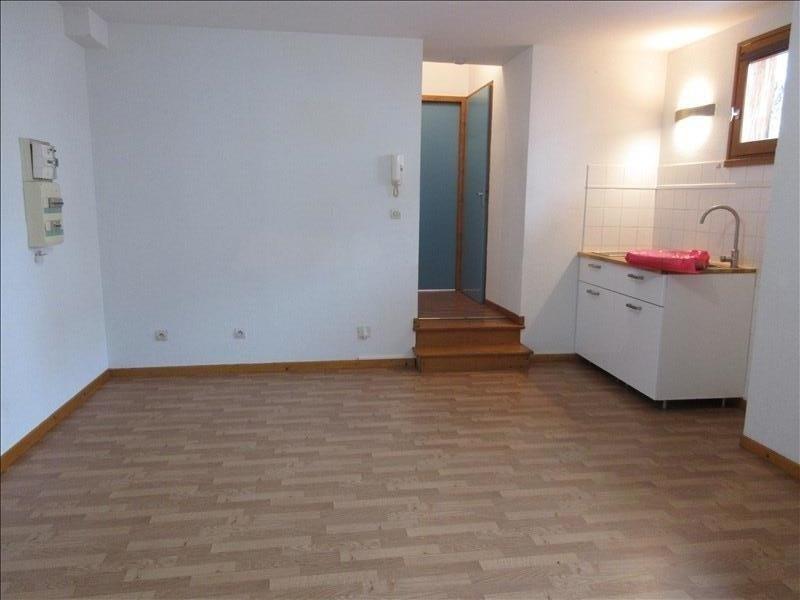 Affitto appartamento Voiron 384€ CC - Fotografia 1