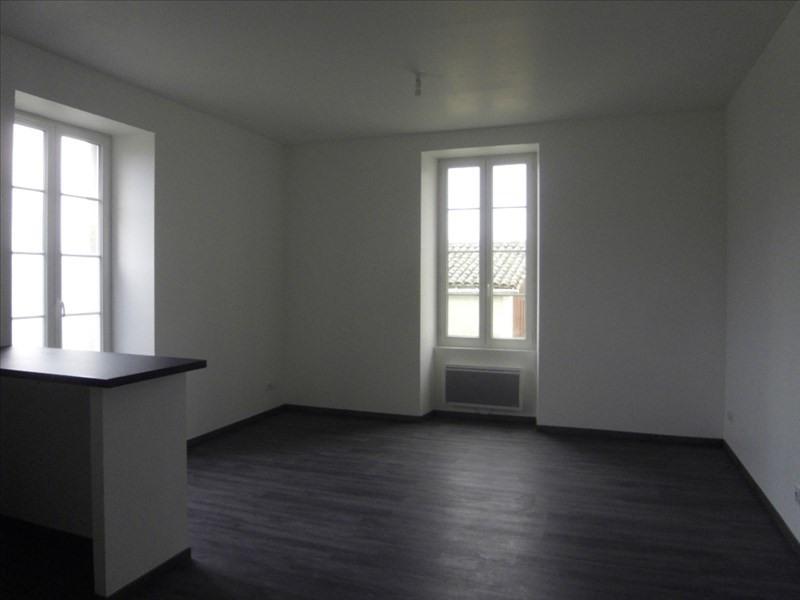 Rental apartment Cognac 414€ CC - Picture 1