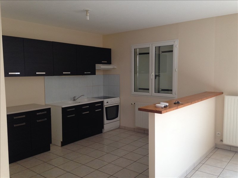 Investment property house / villa Poitiers 135000€ - Picture 3