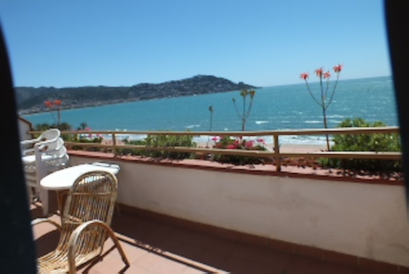 Location vacances appartement Roses santa-margarita 384€ - Photo 11