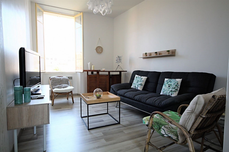 Vacation rental apartment Golfe-juan  - Picture 1