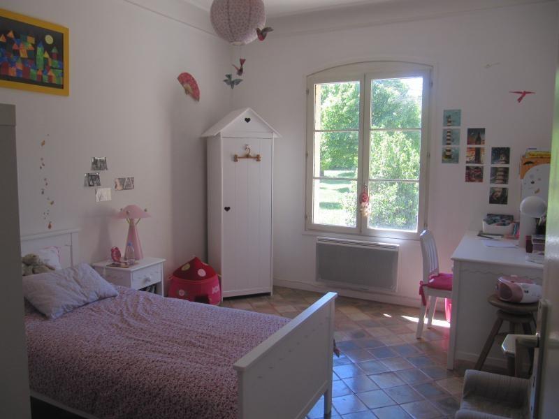 Verhuren  appartement Meyrargues 1040€ CC - Foto 6