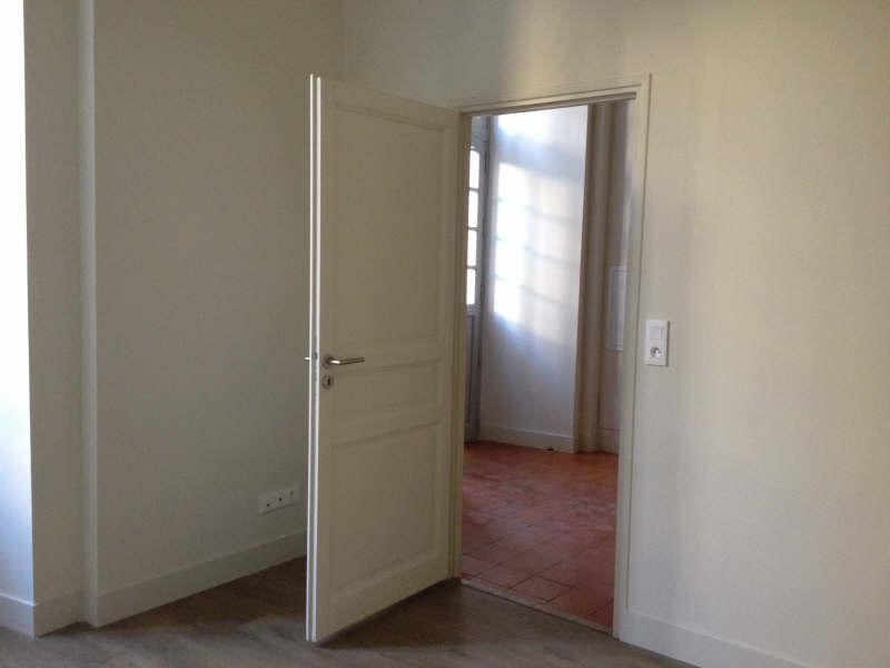 Verhuren  appartement Nimes 752€ CC - Foto 7