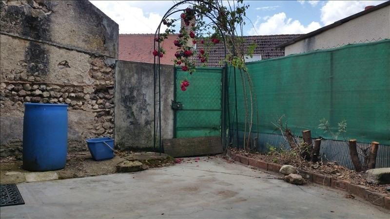 Sale house / villa Neuvy en sullias 108000€ - Picture 5
