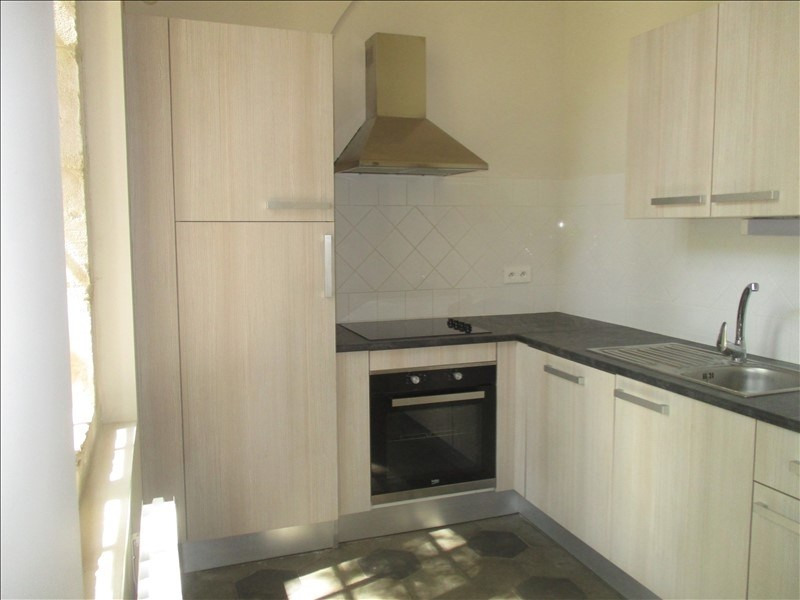 Rental apartment Nimes 900€ CC - Picture 2