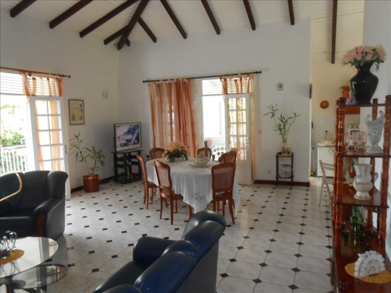 Investment property house / villa St claude 310000€ - Picture 11