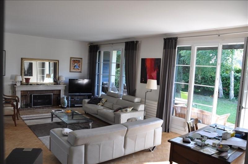 Sale house / villa St nom la breteche 760000€ - Picture 7