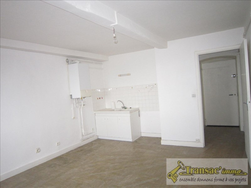 Investment property building Thiers 86800€ - Picture 2