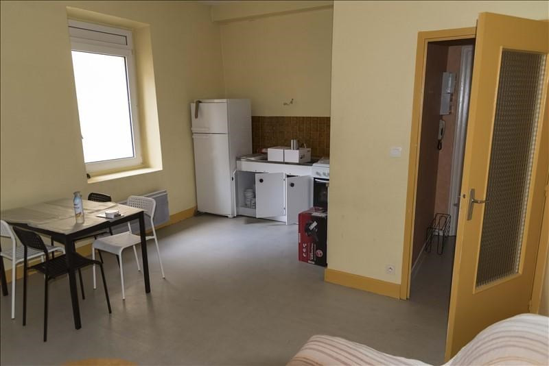 Location appartement Oyonnax 330€ CC - Photo 3
