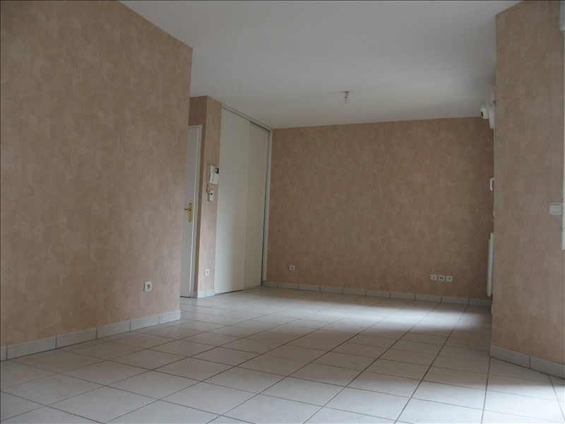 Sale apartment Annemasse 110000€ - Picture 2