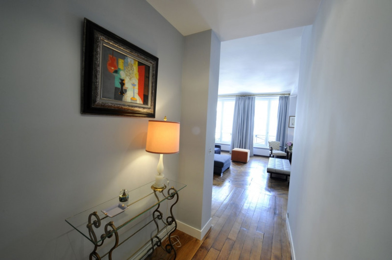 Deluxe sale apartment Paris 1er 940 000€ - Picture 4