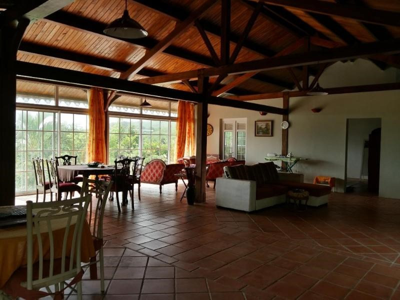 Sale house / villa Le marin 336 000€ - Picture 4