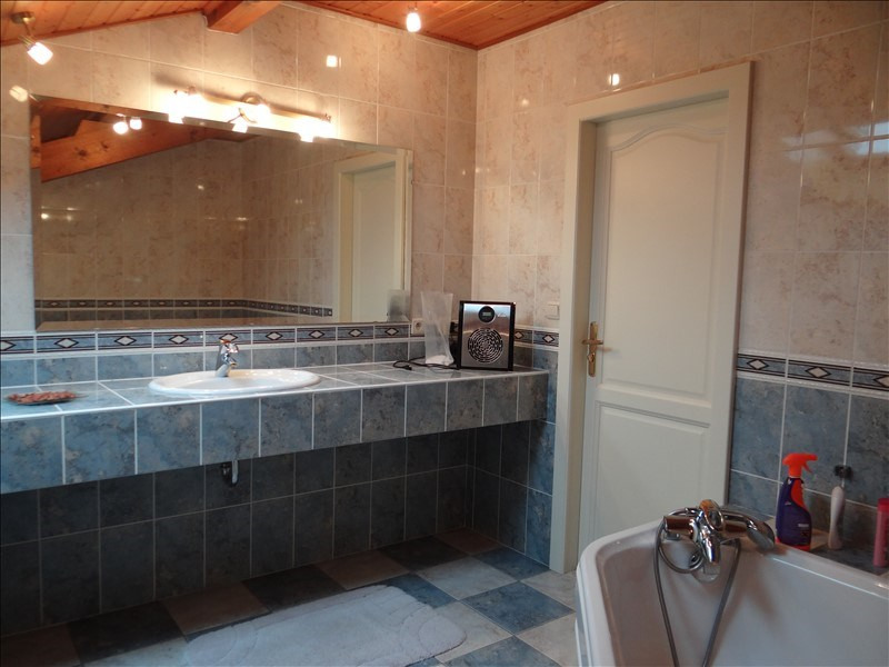 Deluxe sale house / villa St cergues 819 000€ - Picture 4